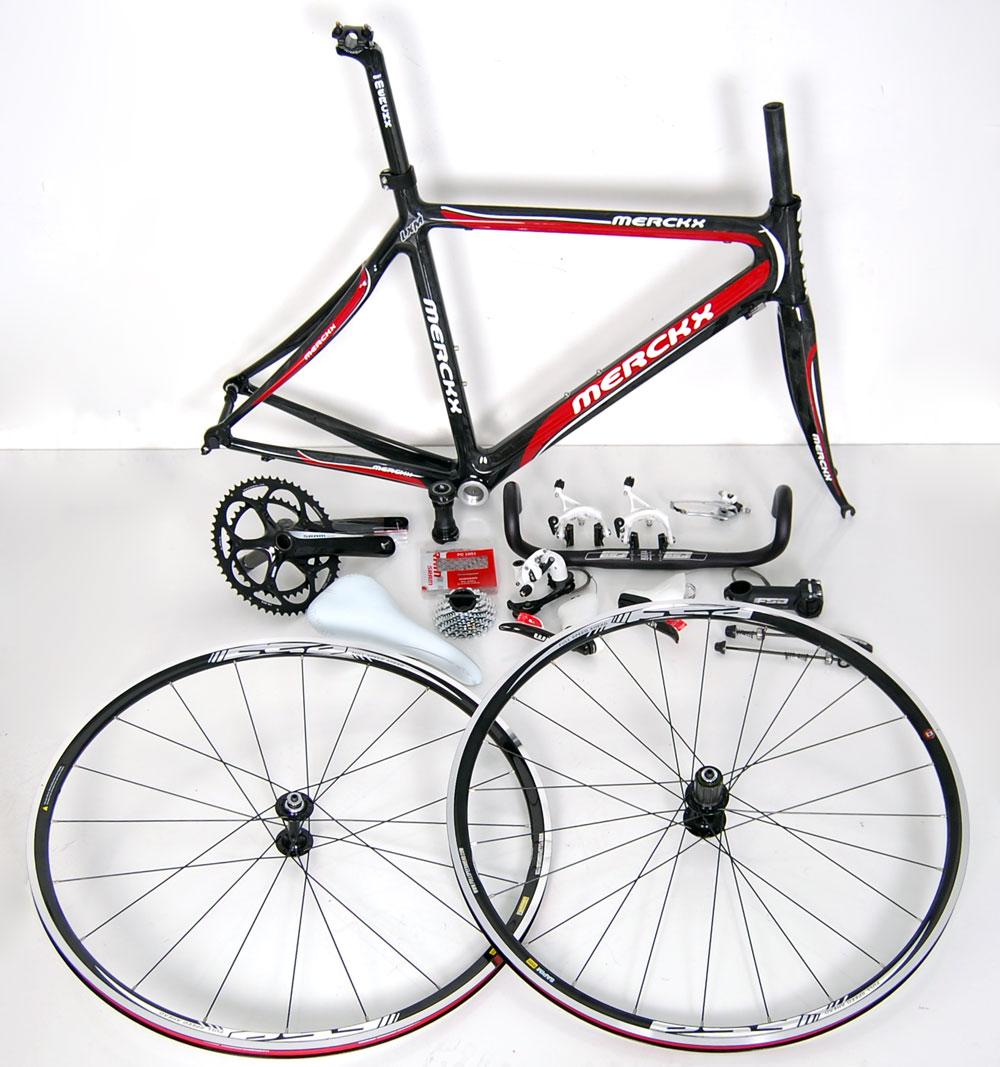 New Eddy Merckx LXM Full Carbon Road Bike Kit SRAM FSA Selle Italia