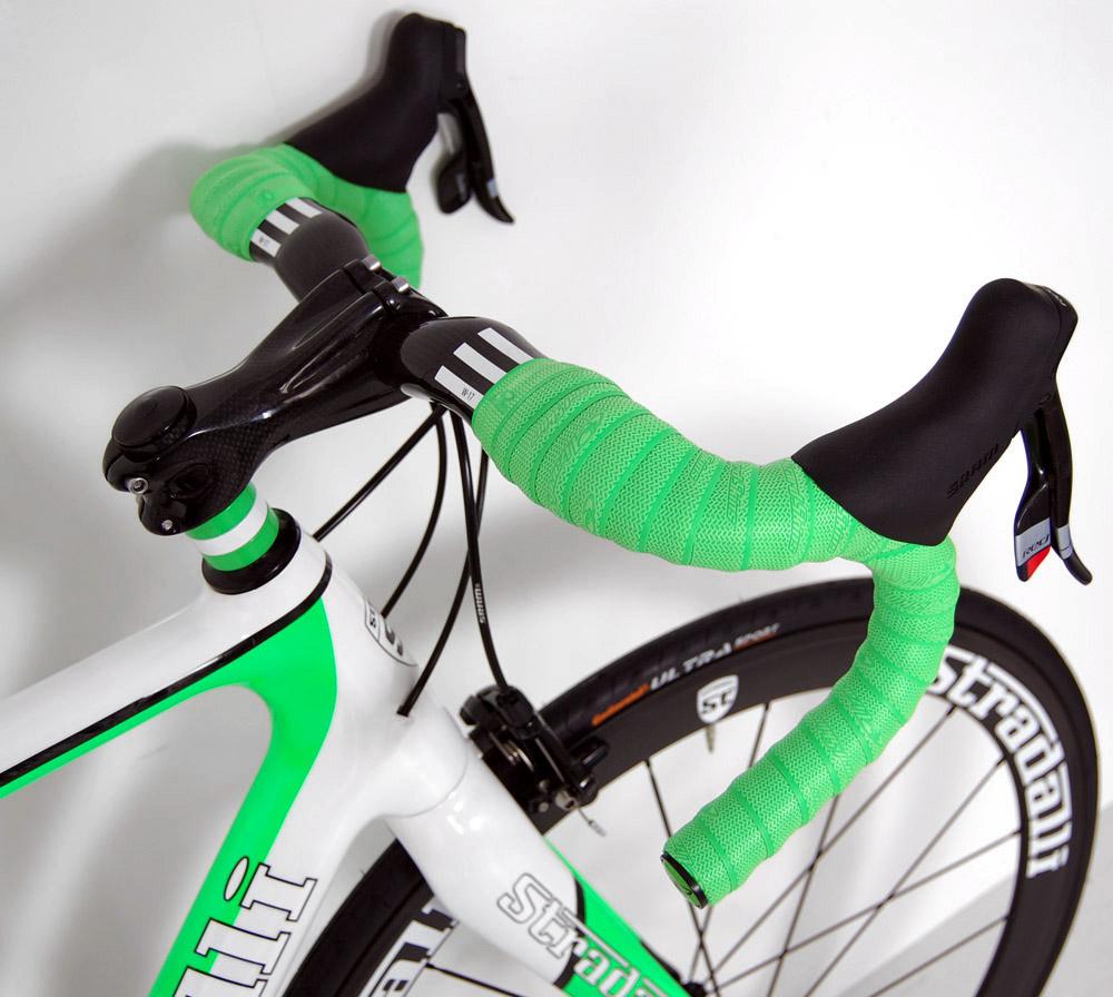 SRAM Red Black Carbon Road Bike Bicycle Aero Wheels 54 Cm